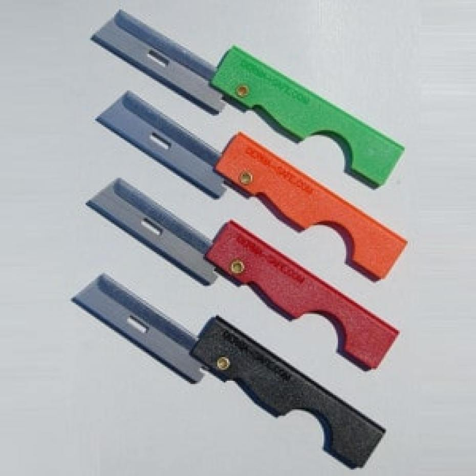 Dermasafe 8 Gram Razor Knife