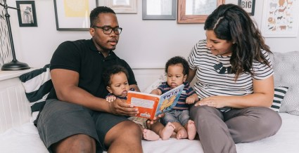 Parental Leave_Dad reading to kids_The Unfit Dad
