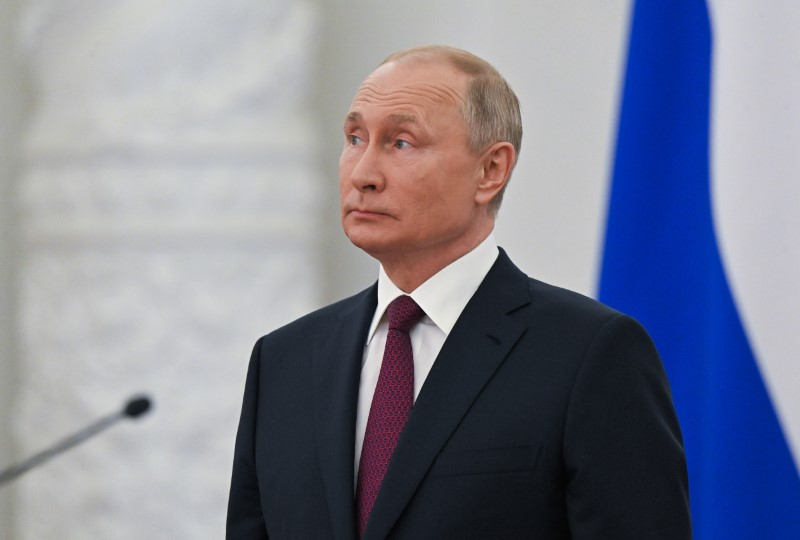Crypto Can't Yet Replace Dollar In Settling Oil Trades – Putin