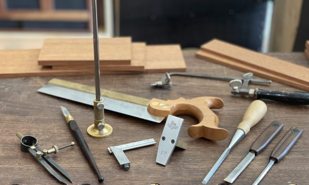 Episode 895 -Jewelry Cabinet Joinery Part 01