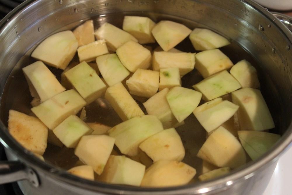 rutabaga mash low-FODMAP FODMAP AIP autoimmune protocol paleo mashed potato substitute cauliflower starchy vegetable