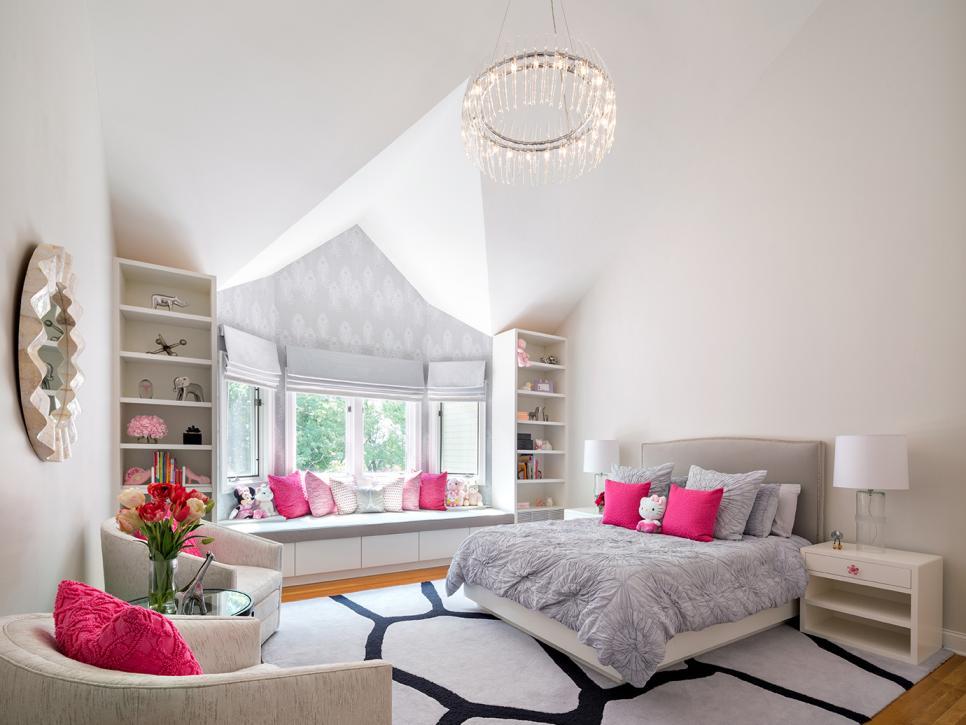 Lavish bedroom ideas for women