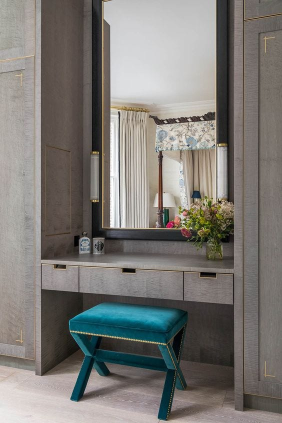 Beautiful dressing table design