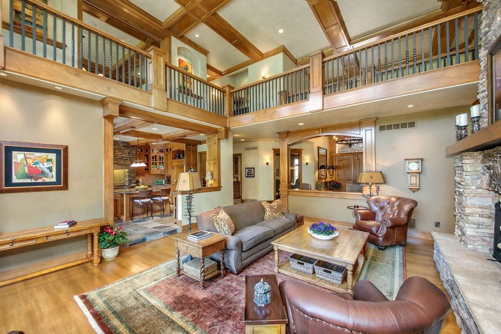 Big house rustic living room design ideas