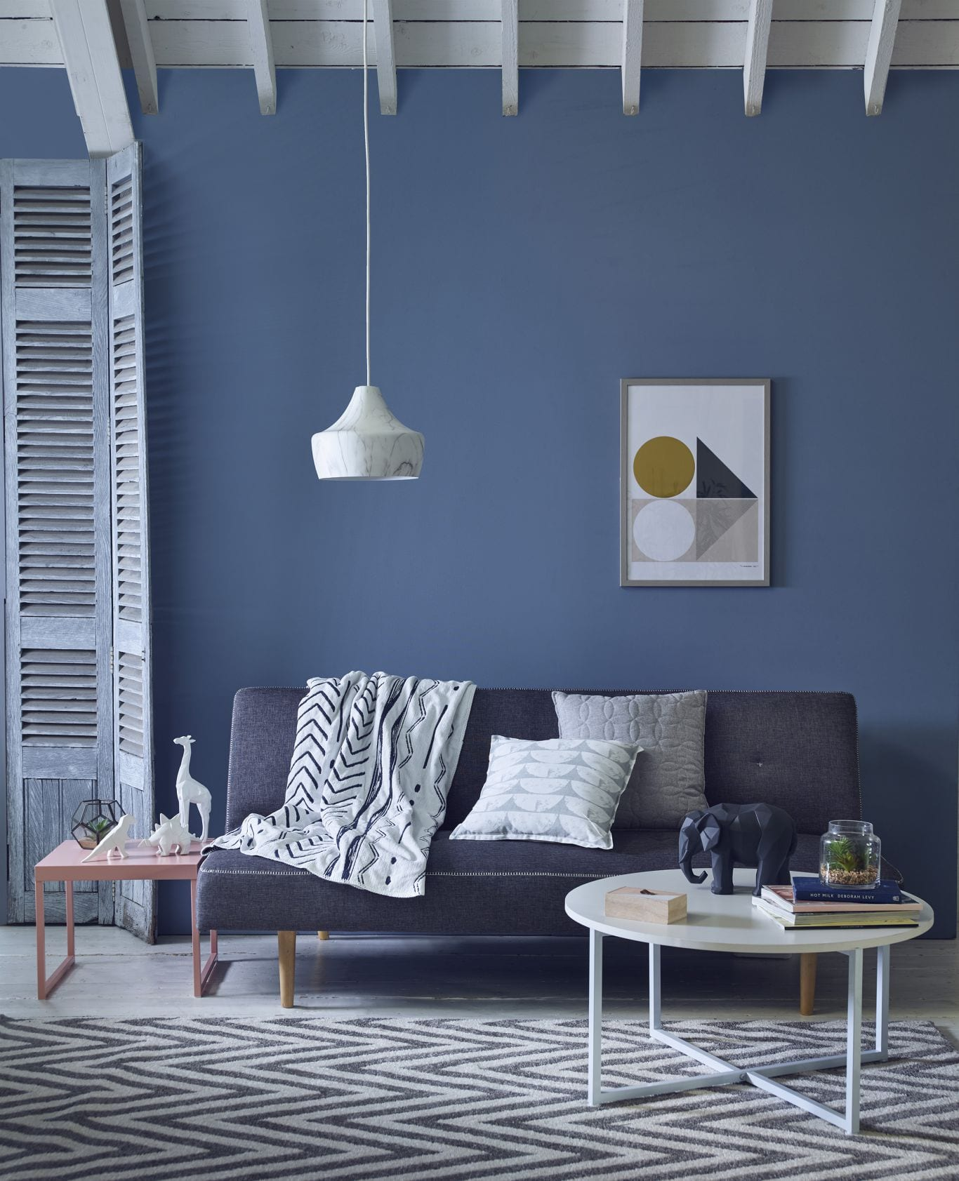 Shade of blue living room color ideas
