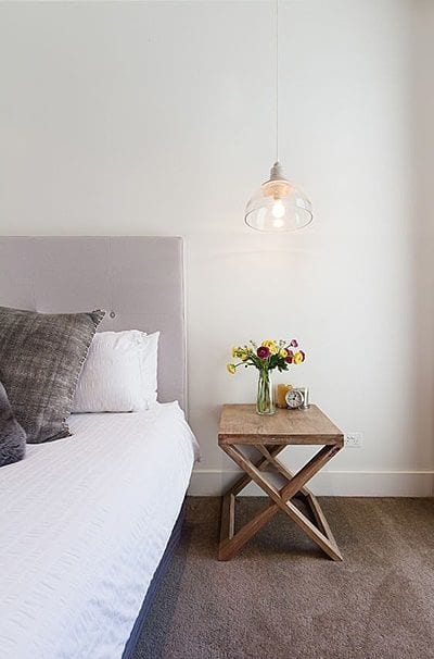 Simple Wooden Sidetable Ideas For Bedroom