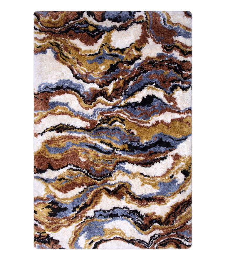 18. Trendy, strong and modern rug piece with several colors