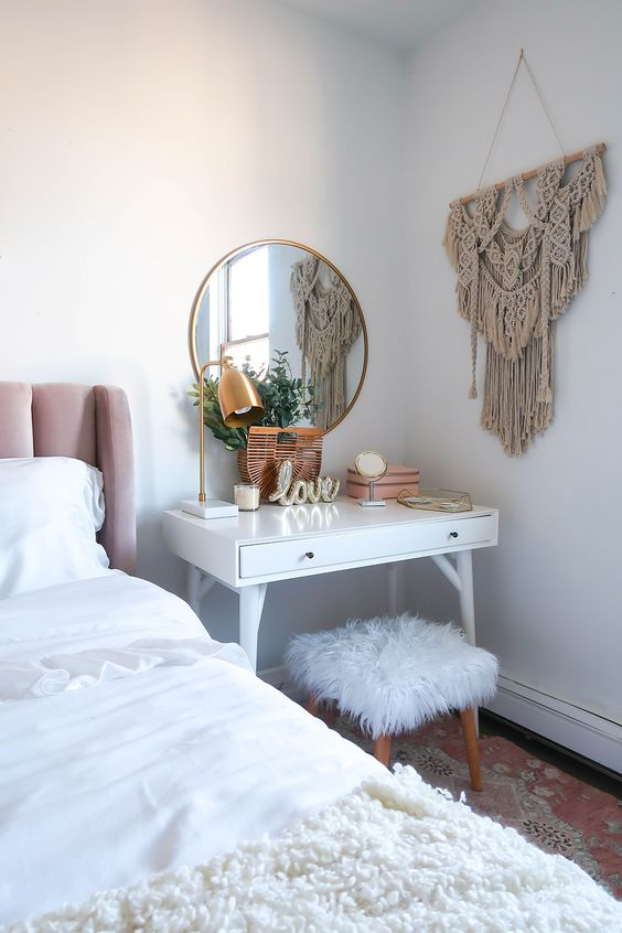 White Makeup Vanity Table, Chair and Mirror Set