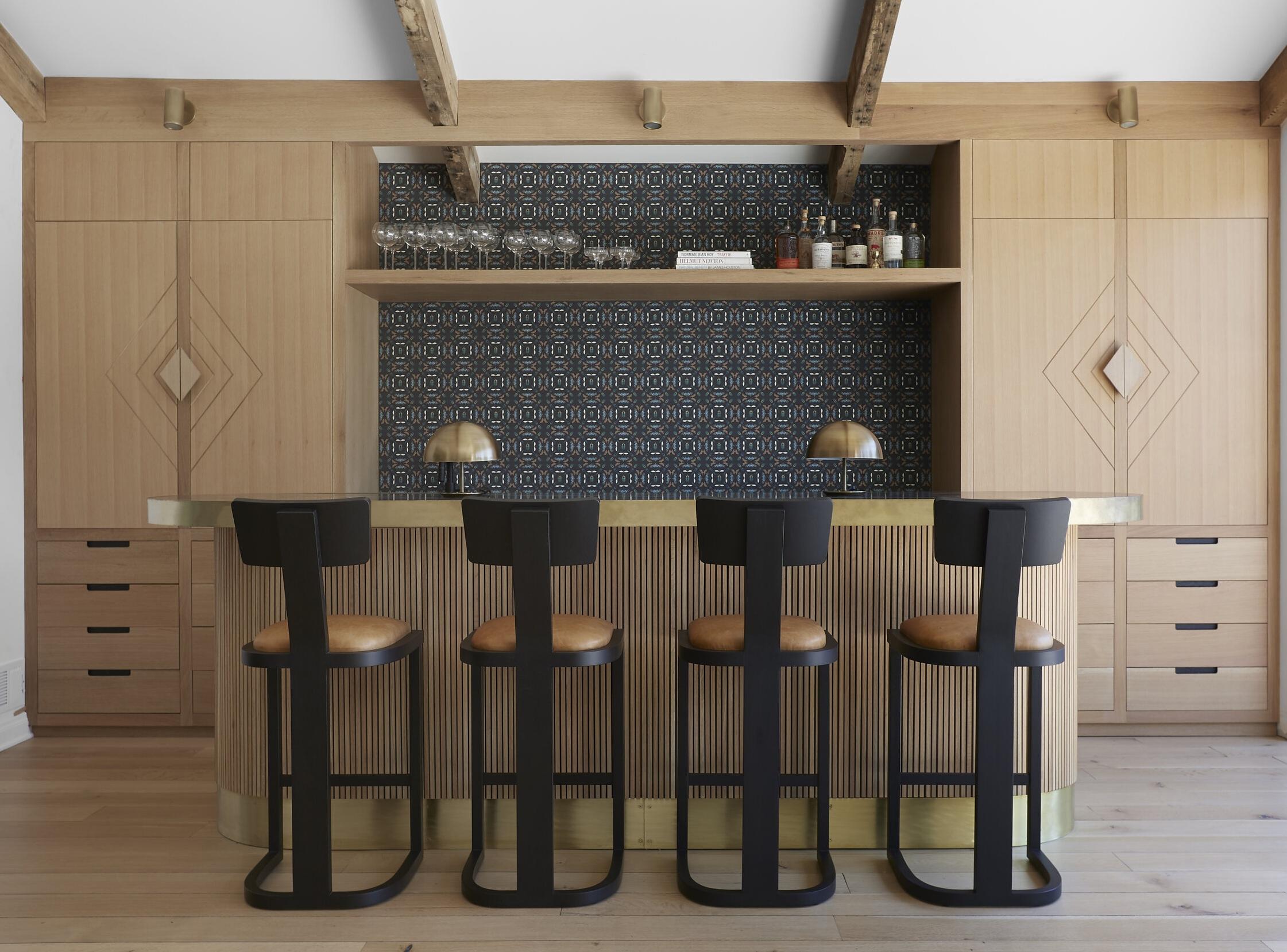 Simple and Subtle Bar Home Bar Design