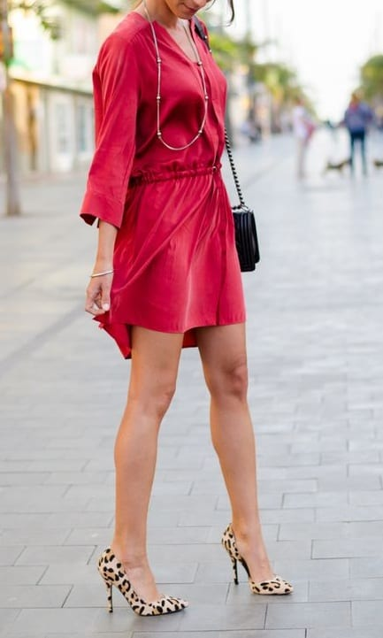 style pump heels with casual outfits