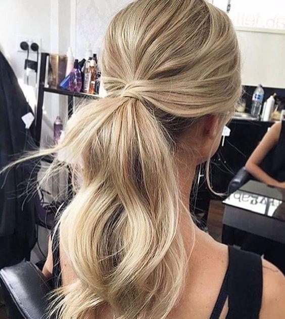 messy ponytail blonde hair