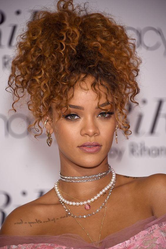 rihana's curly hair ponytail