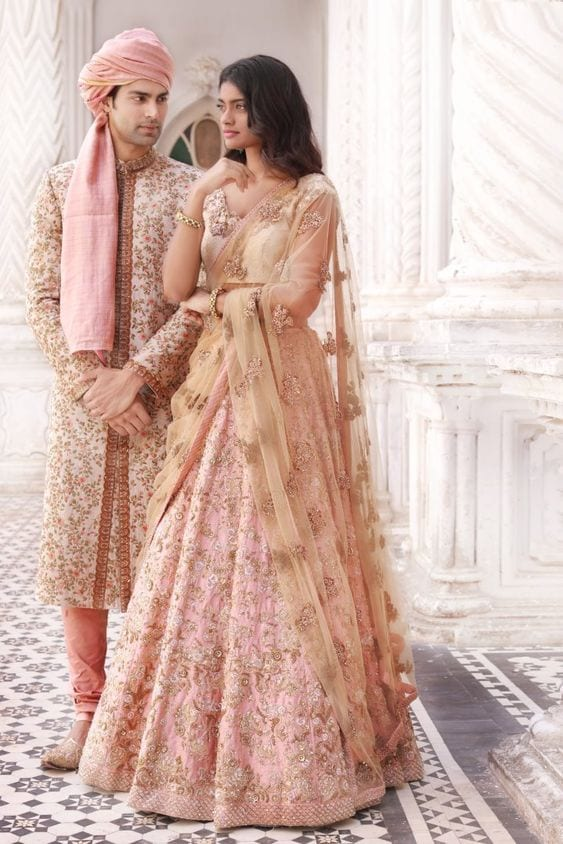 Light pink outift for Sanget