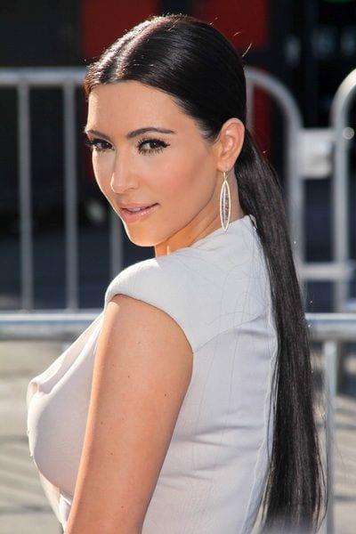 middle part ponytails