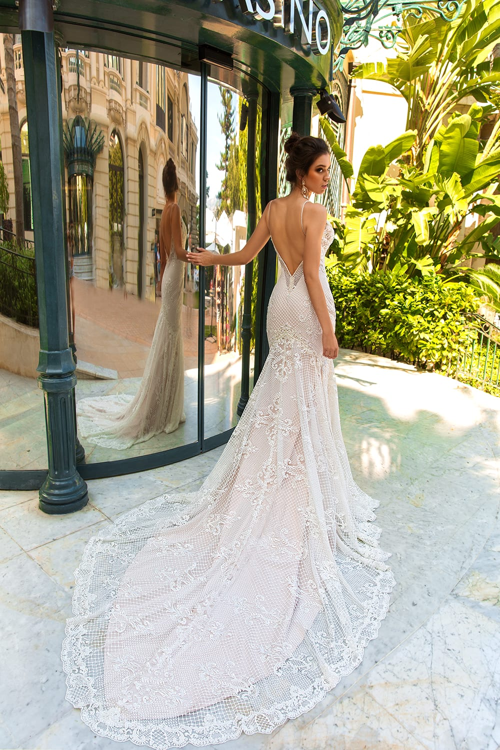 Backless Wedding Gown Ideas For Women