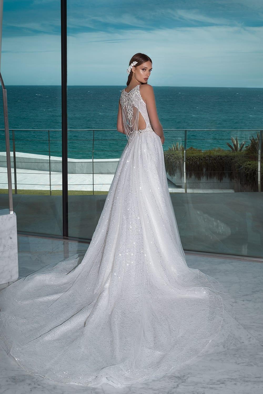 Glamorous Wedding Outfit Ideas