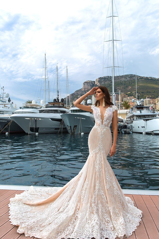 Stunning Wedding Gown Ideas For Women