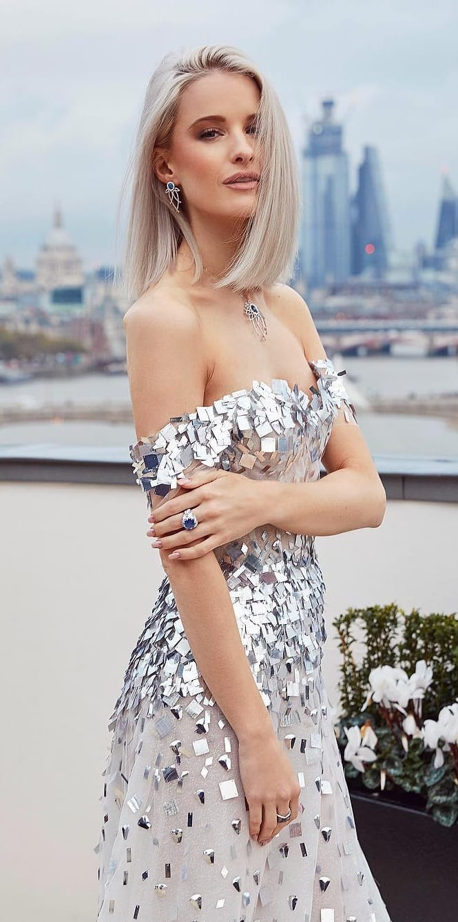 Silver-Sequence-Dress-For-a-wedding-party