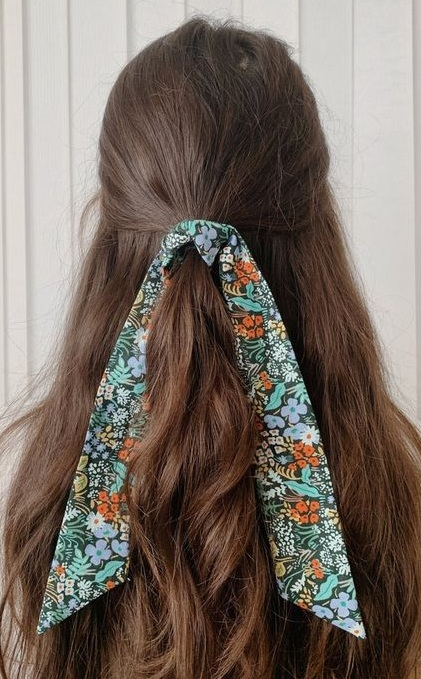 How to Beautifully Tie a Bandana In Hair