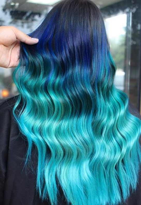 Cool Blue Lagoon Hair color Trends To Try in 2021