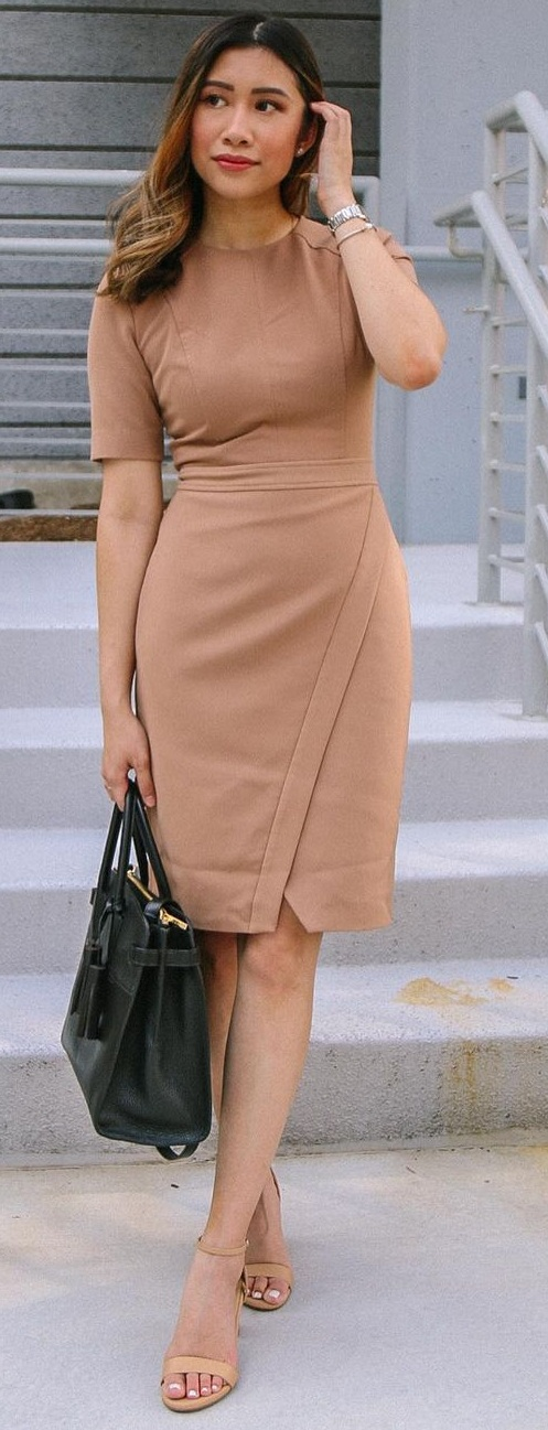 Brown Workwear Dress Outfit That Are So Quick and Easy to Style