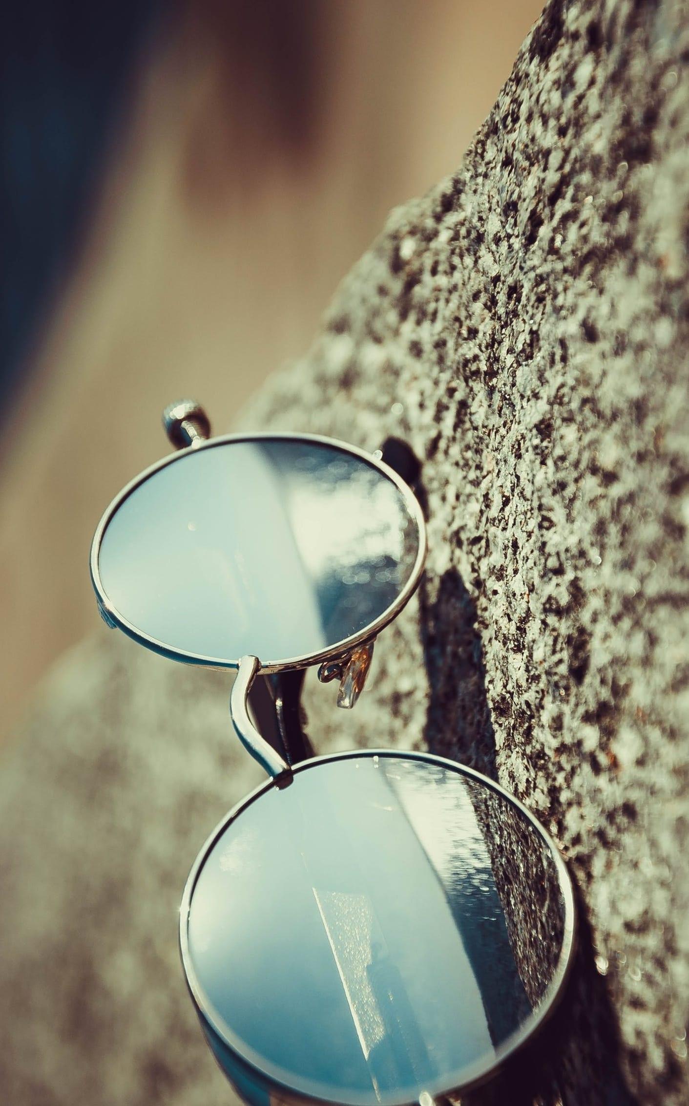 classy mirrored lense