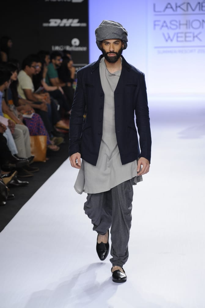 kurta and turban
