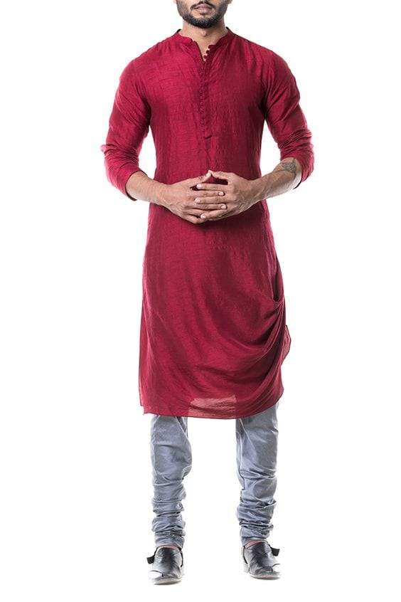 maroon kurta with denims