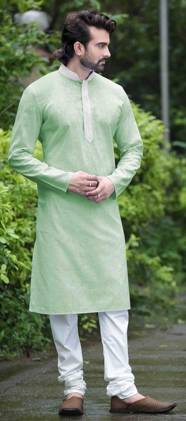 Mehndi Ceremony Outfit Ideas For Men