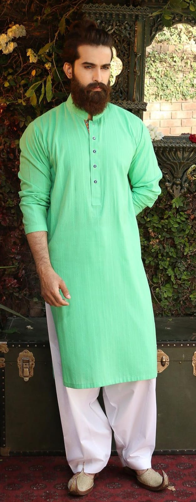 Mehndi Ceremony Outfits For Guys