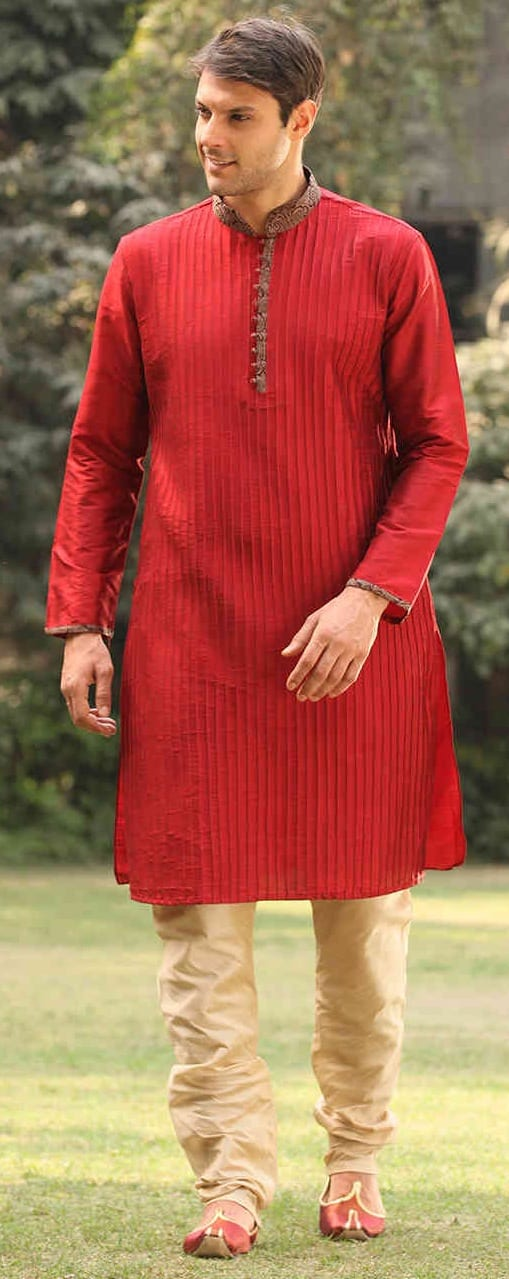 Trendy Kurta Outfit Ideas For Men This Festive Season