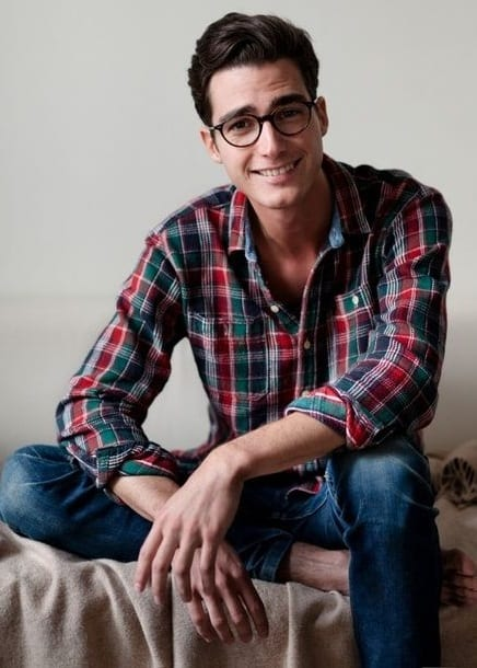 flannel shirt guy with glasses