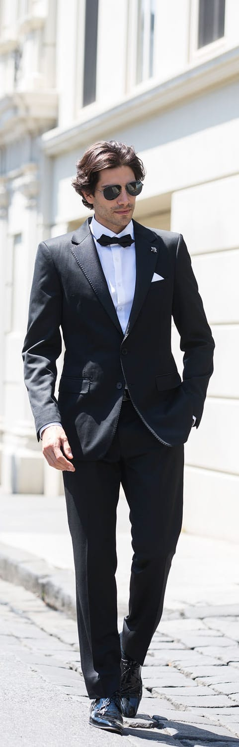 Amazing Tailored Suit For Men To try