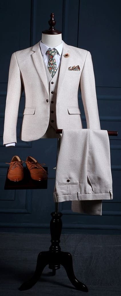 Tailored Suit For Men To Try Now