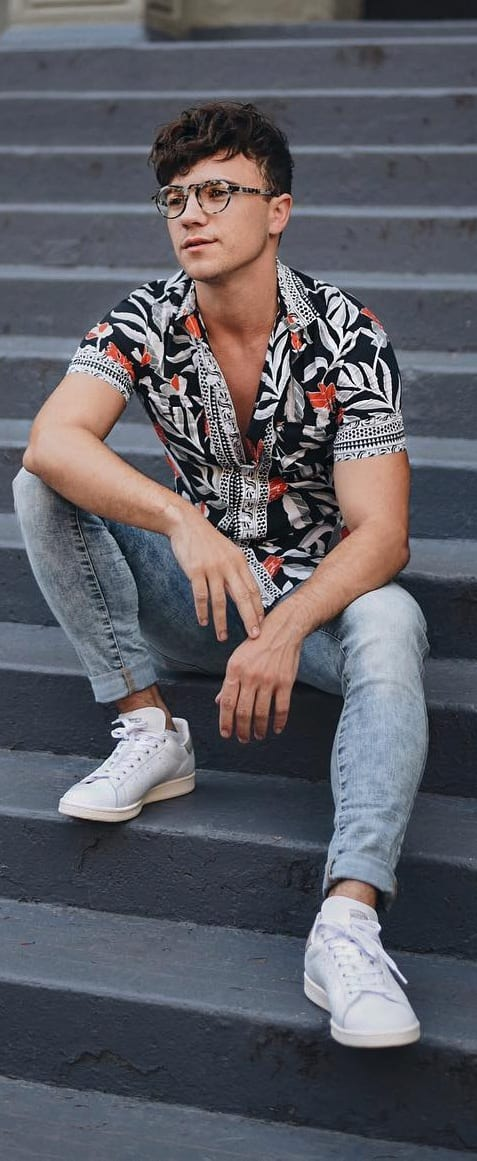 Amazing Printed Shirt Outfit Ideas For Men To Try