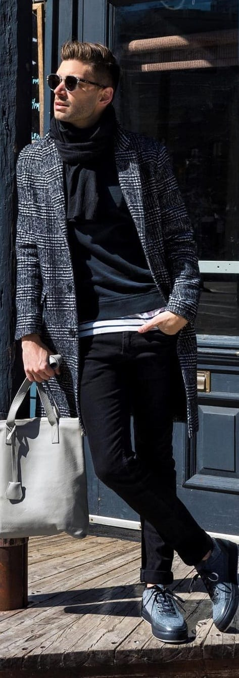 Black T-shirt With Coat Outfit Ideas For Men
