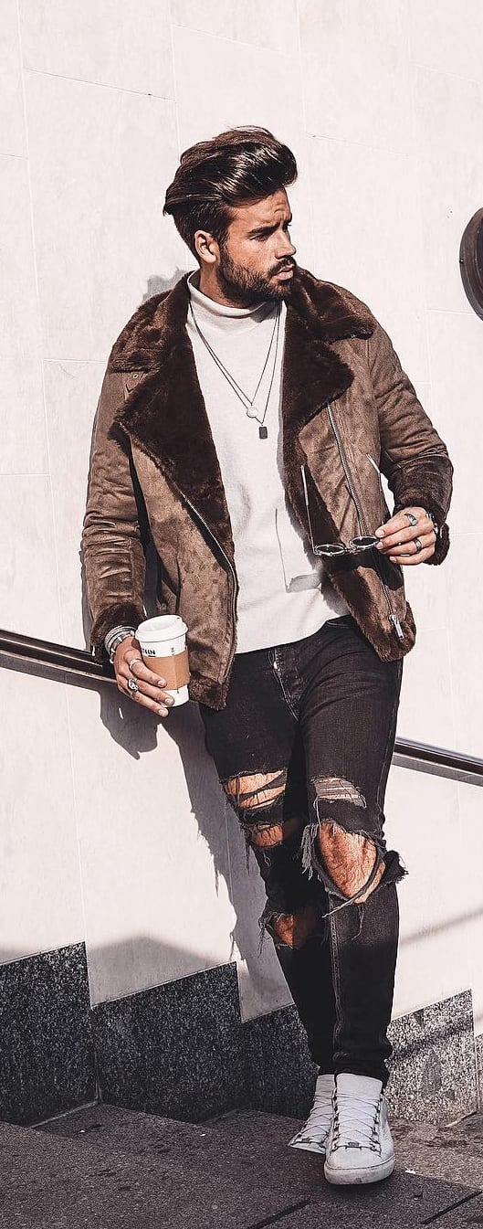 Fashionable Leather Jacket Outfit Ideas For Men