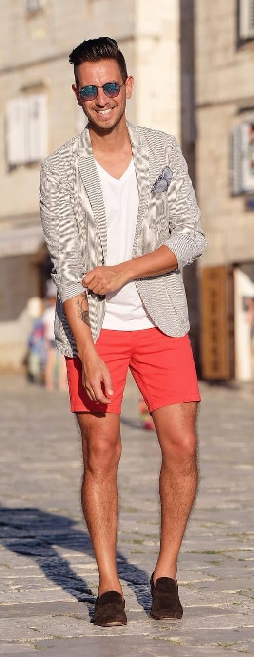 Stunning Short Suit Outfit Ideas For Men