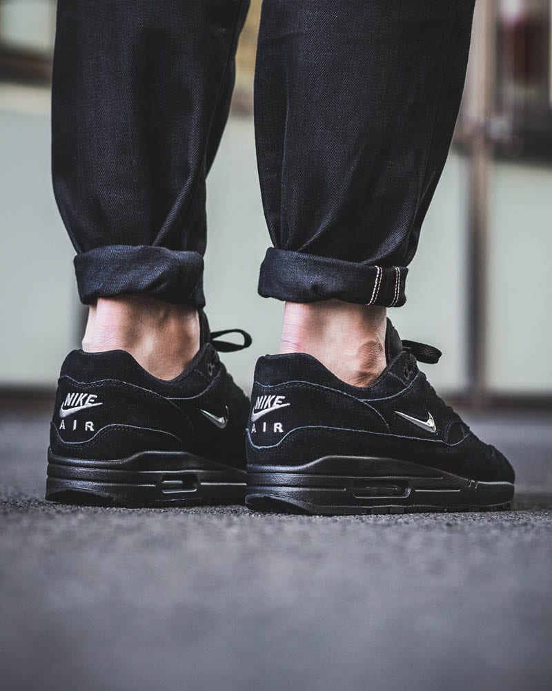 Black Must Have Shoes For Men 2019