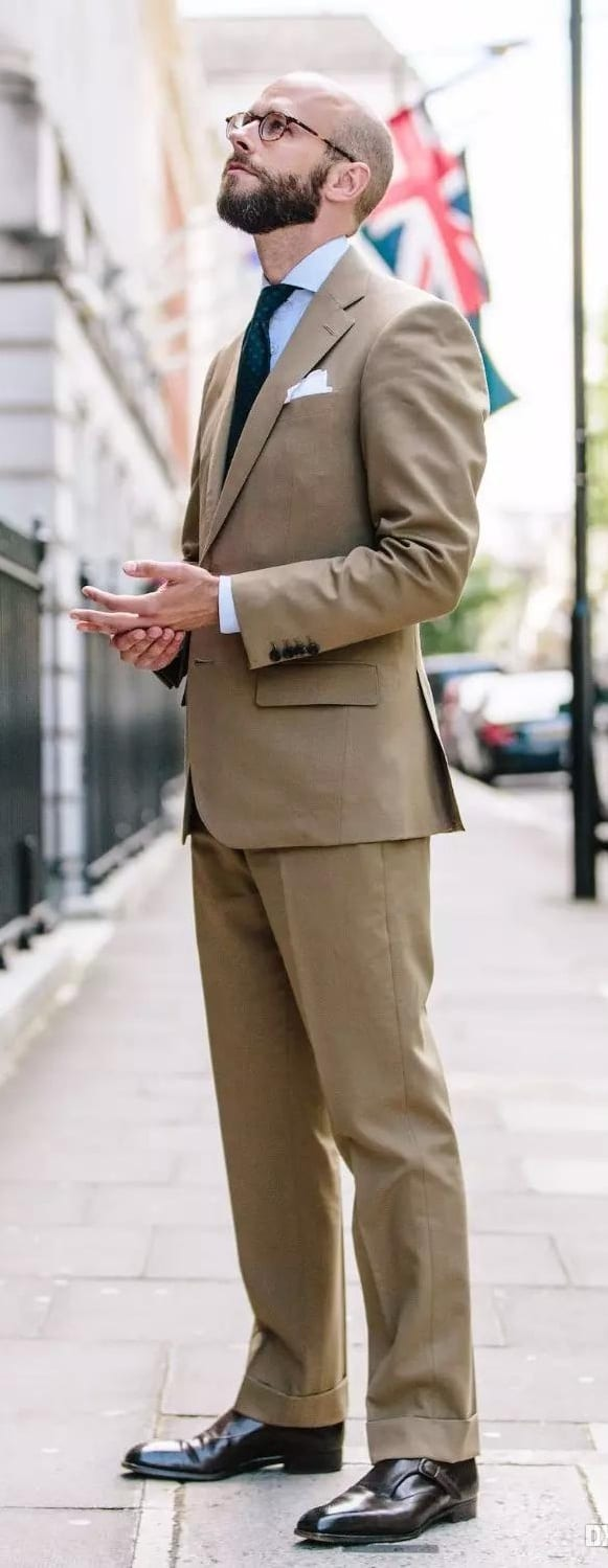 Stunning Khaki Suit Outfit Ideas For Guys