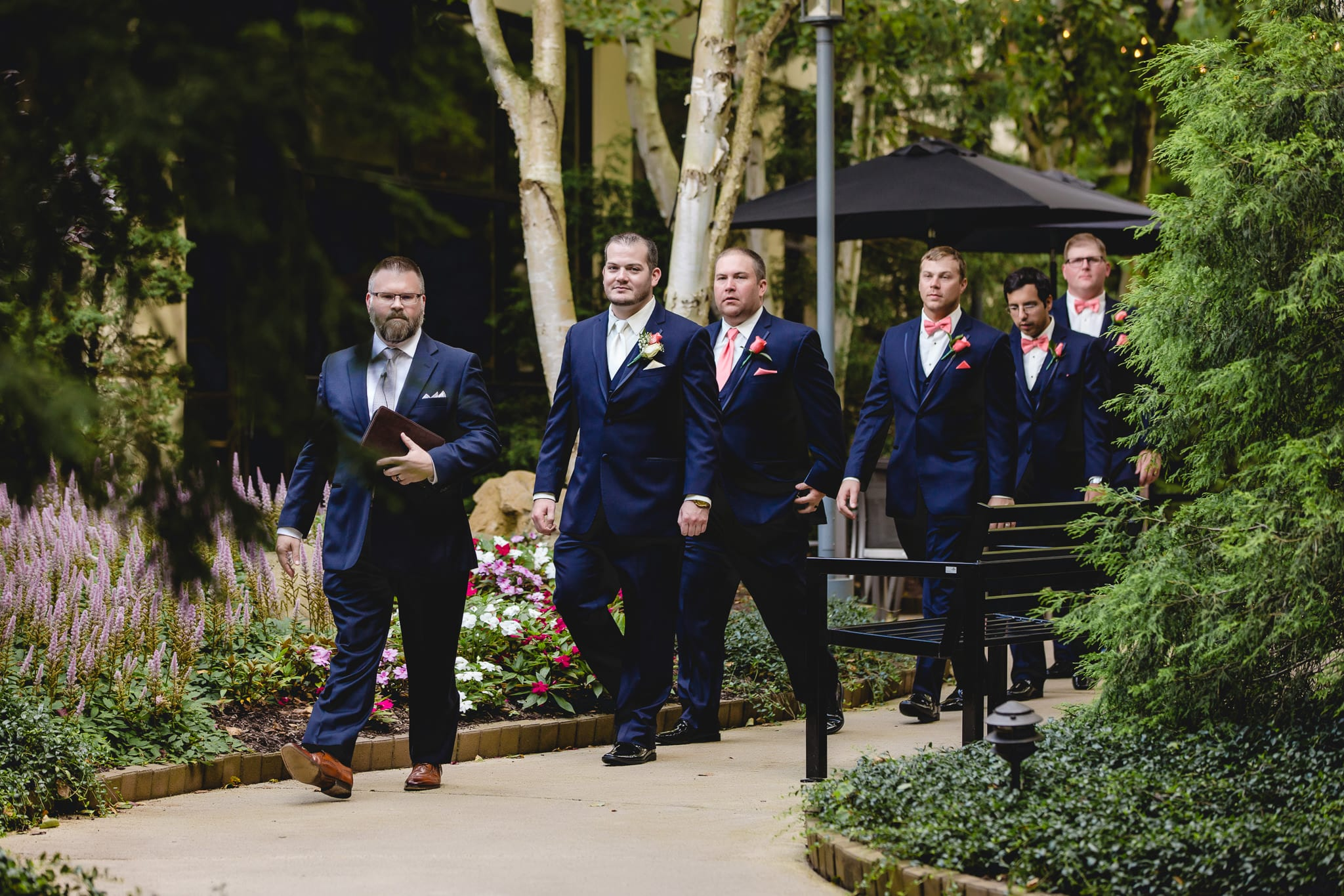 Cool Groomsmen Outfit Ideas