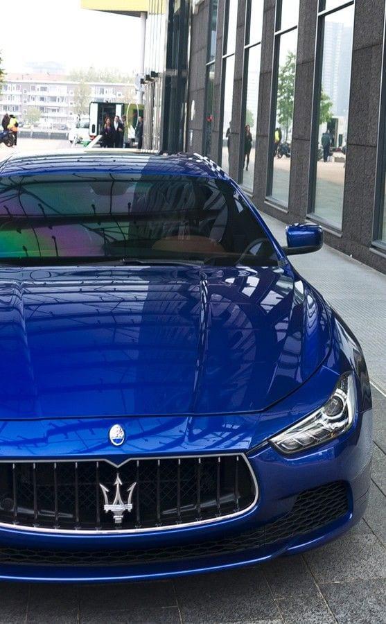 Maserati Ghibli blue