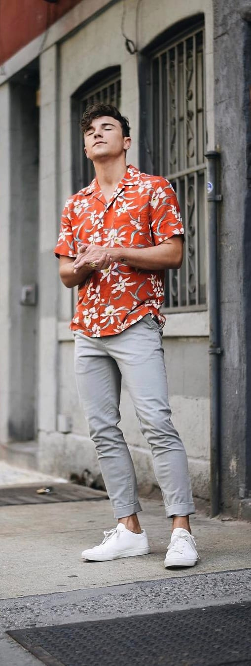 Trendy Hawaiian Outfit Ideas For Guys