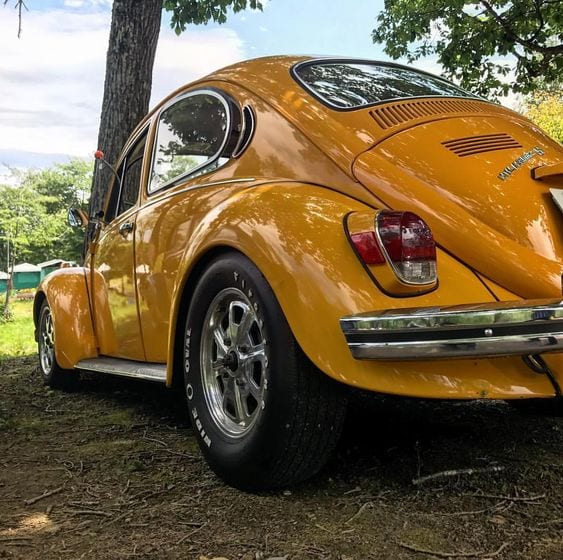 YELLOW BEETLE CAR