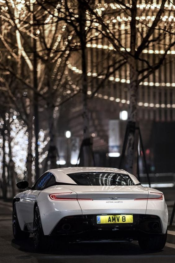 Aston Martin DB11 V8 wallpaper