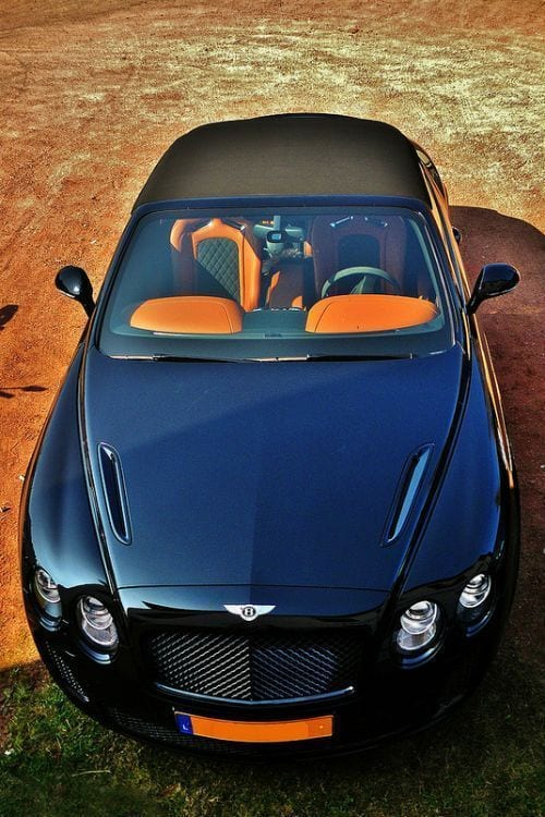 BENTLEY LUXURY CAR WALLPAPER