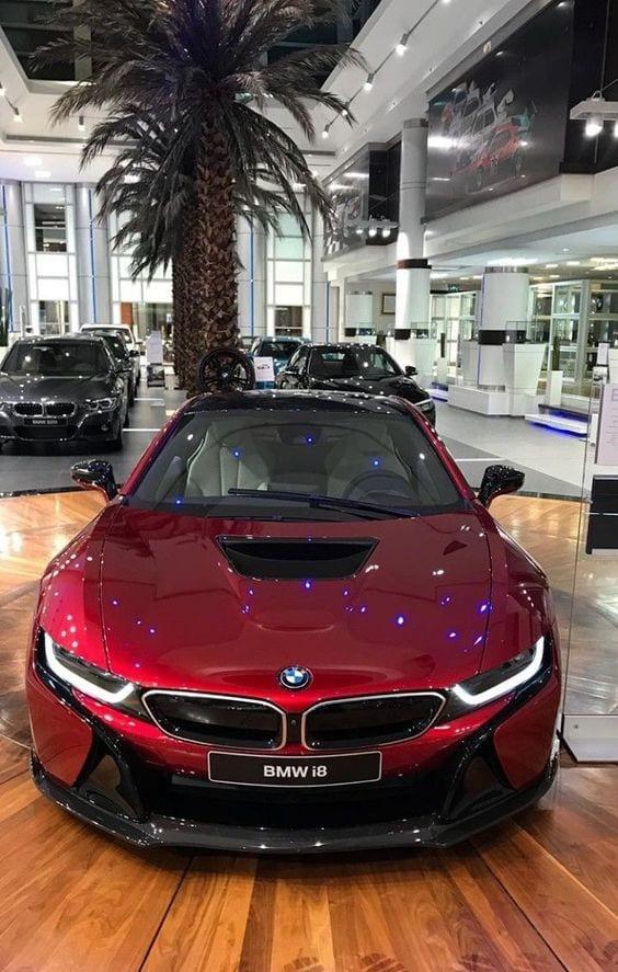 BMW I8 LUXURY CAR