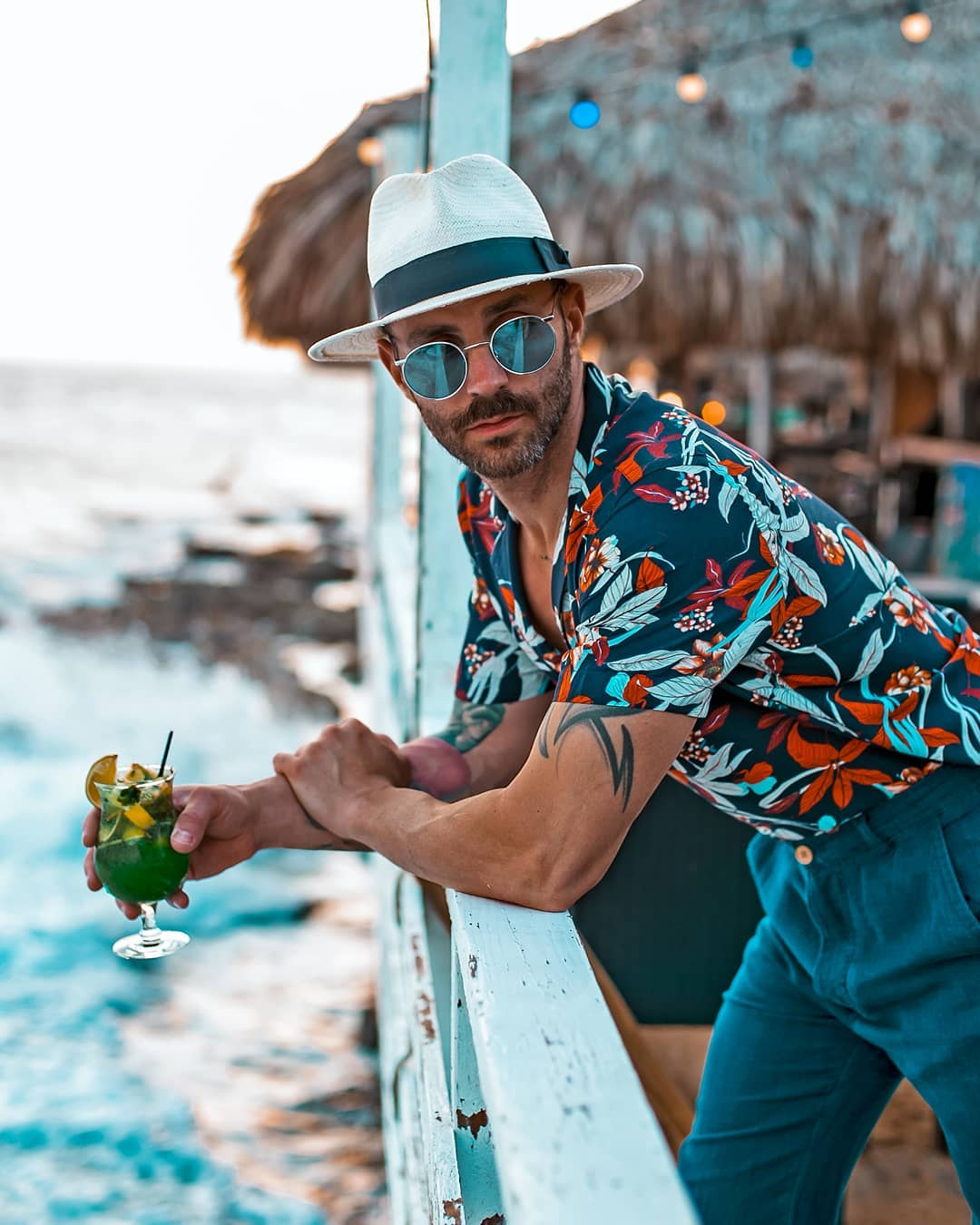 Blue Hawaiian shirt ,Blue sunglasses,cap