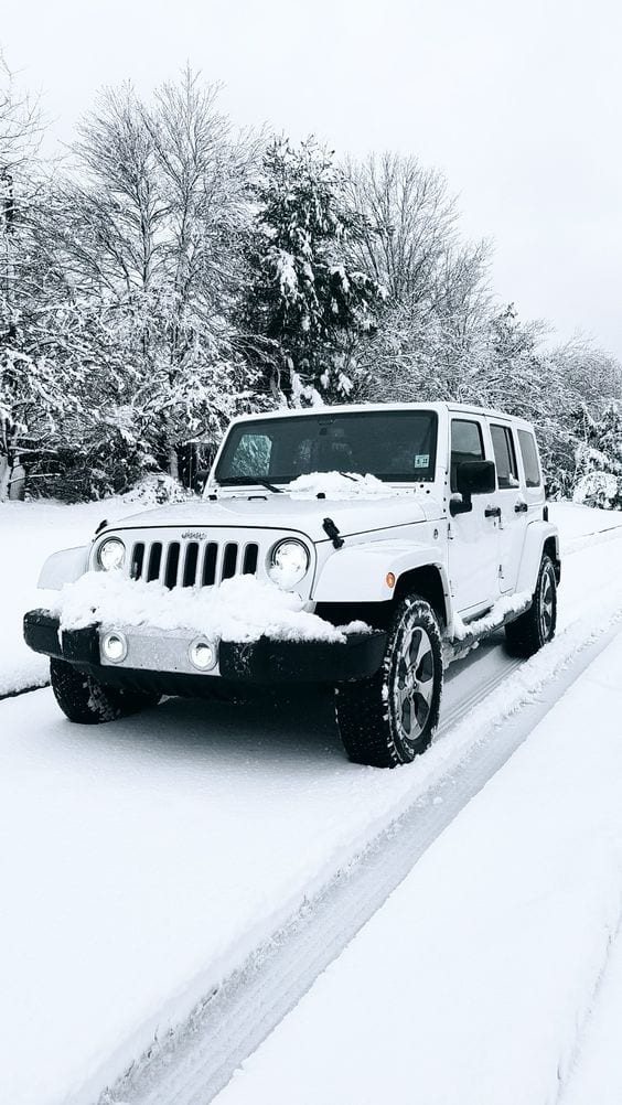 JEEP All white Sahara