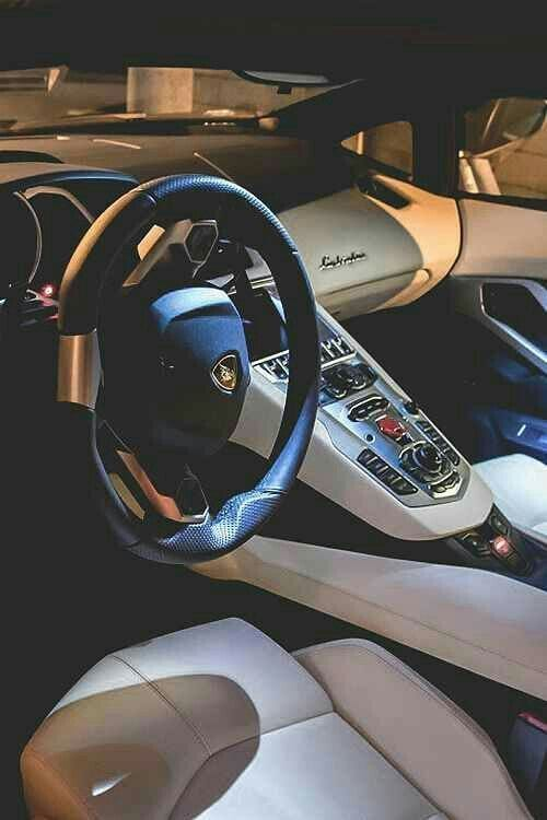 LAMBORGHINI INTERIOR LUXURIOUS